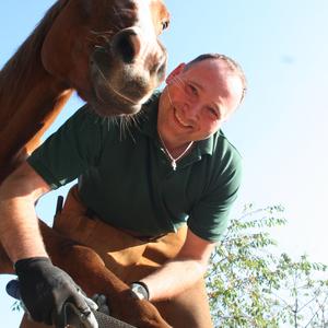 Hufpflege nach Naturalhoofcare - Paddocktrail- Pferdekräuter
